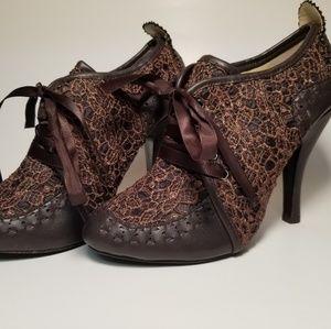 Mojo Moxi Lace Heels
